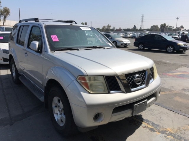 Nissan Pathfinder 2005 price $4,150