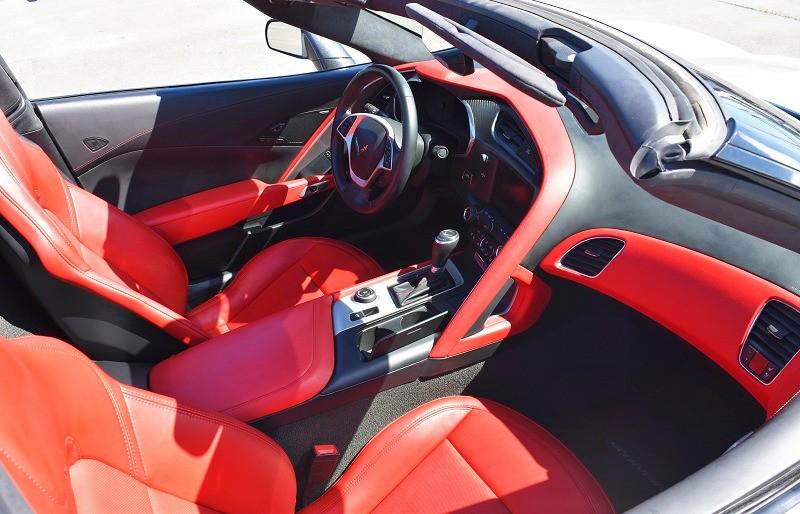 Chevrolet Corvette 2015 price $47,999
