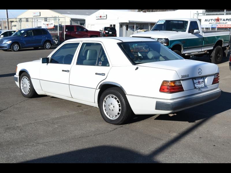 Mercedes-Benz 300 Series 1992 price $2,999