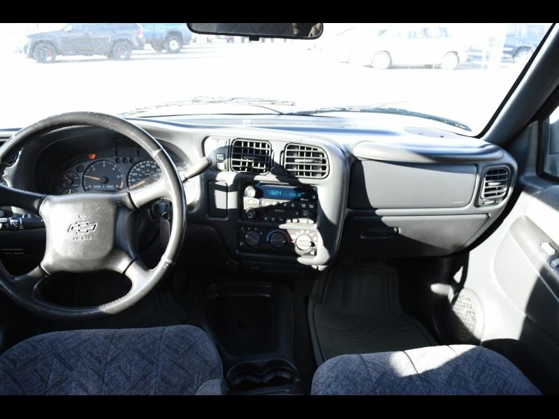 Chevrolet S-10 2002 price $4,500