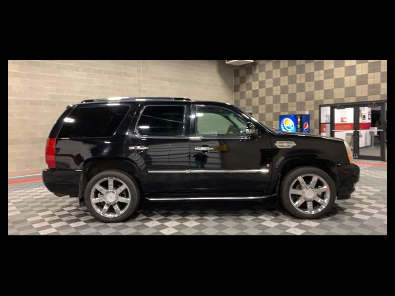 Cadillac Escalade 2007 price $11,999