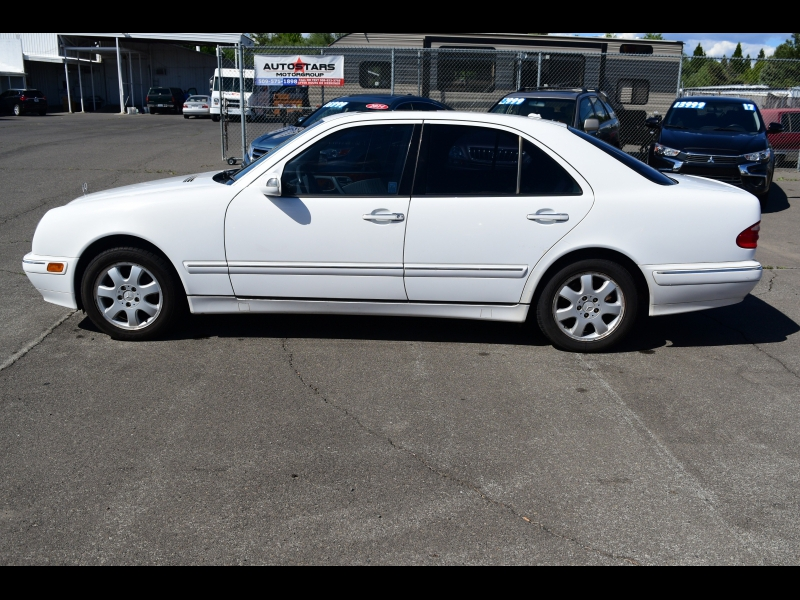 Mercedes-Benz E-Class 2000 price $2,999