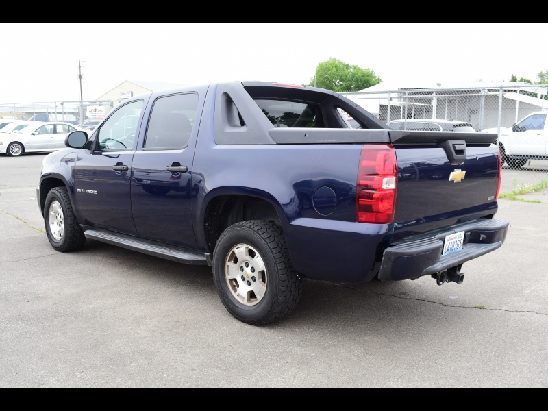 Chevrolet Avalanche 2010 price $11,999