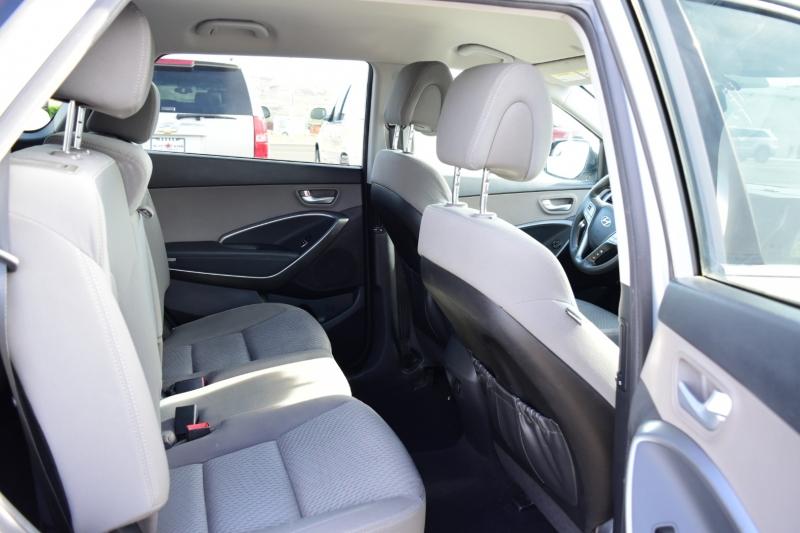 Hyundai Santa Fe 2016 price $14,999