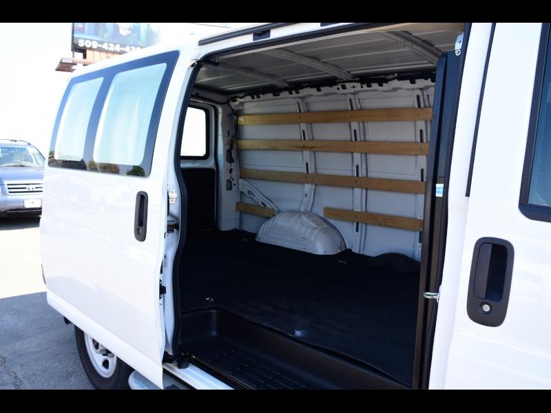 GMC Savana Cargo Van 2018 price $21,999