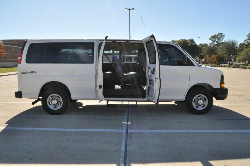 Chevrolet Express Passenger 2007 price $7,795
