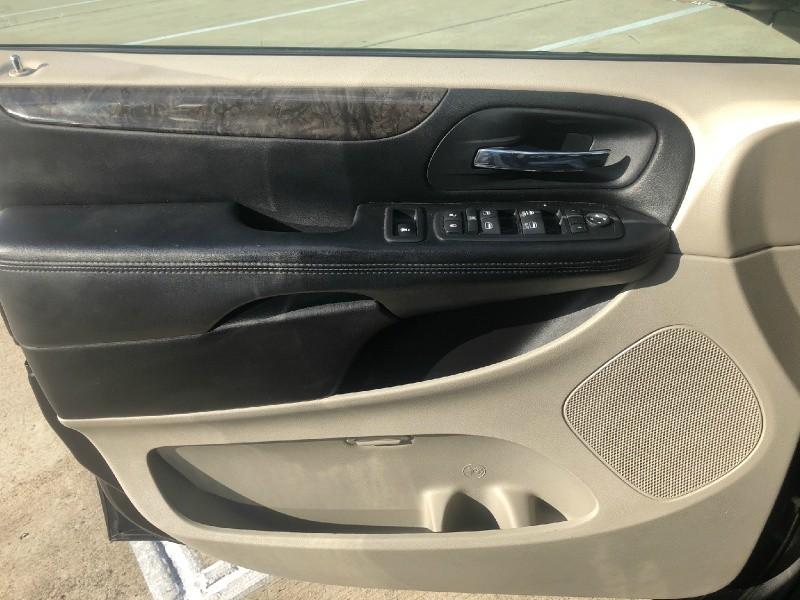 Dodge Grand Caravan 2011 price $4,499