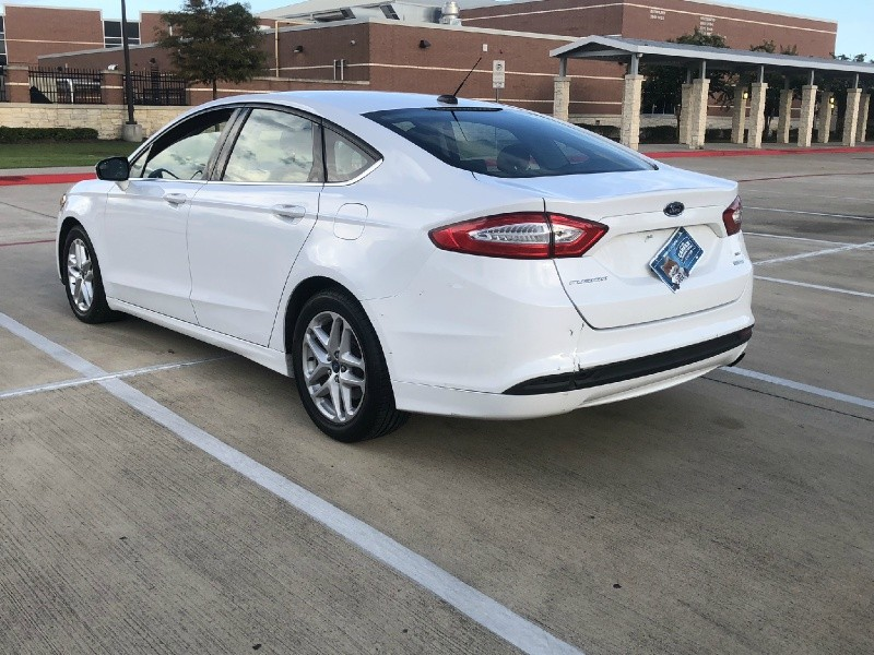 Ford Fusion 2013 price $5,250