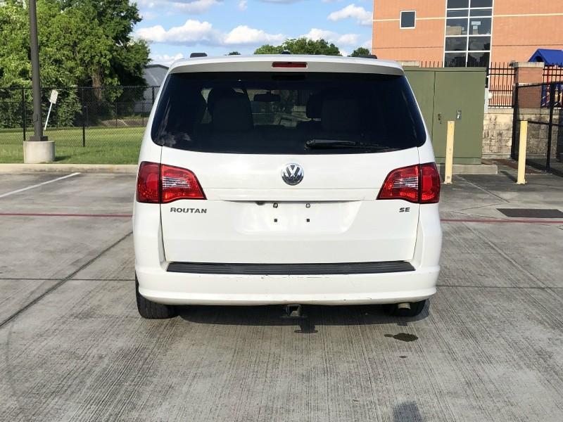 Volkswagen Routan 2012 price $4,500