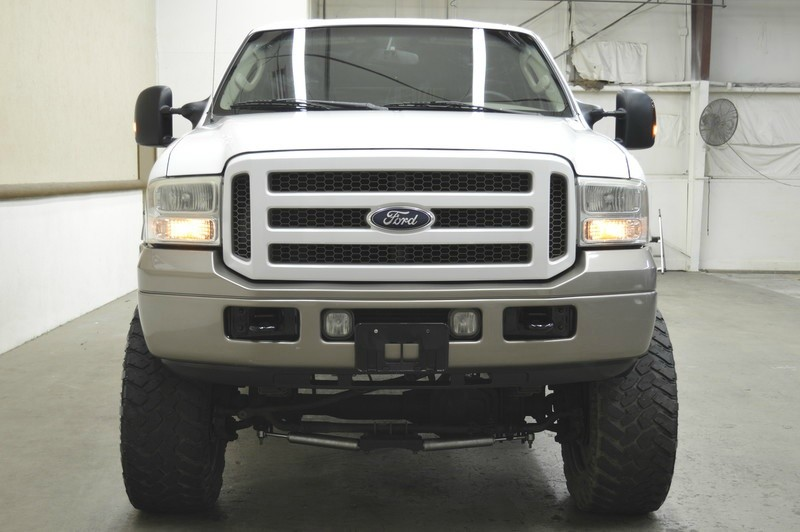 Ford Excursion 2005 price $17,999