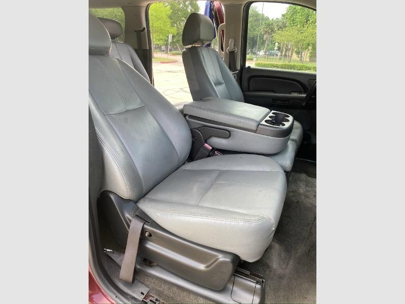 Chevrolet Suburban 2008 price $3,999