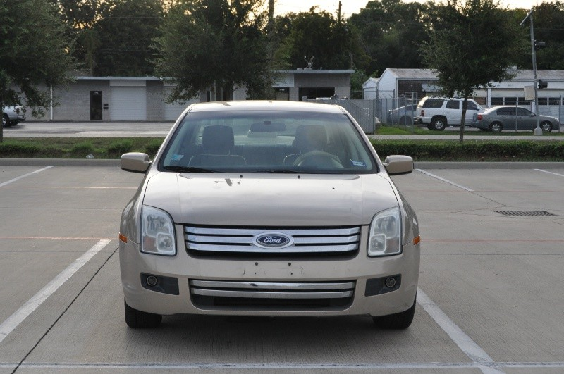 Ford Fusion 2006 price $1,999