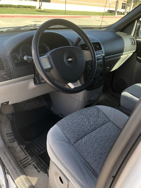Chevrolet Uplander 2008 price $1,995