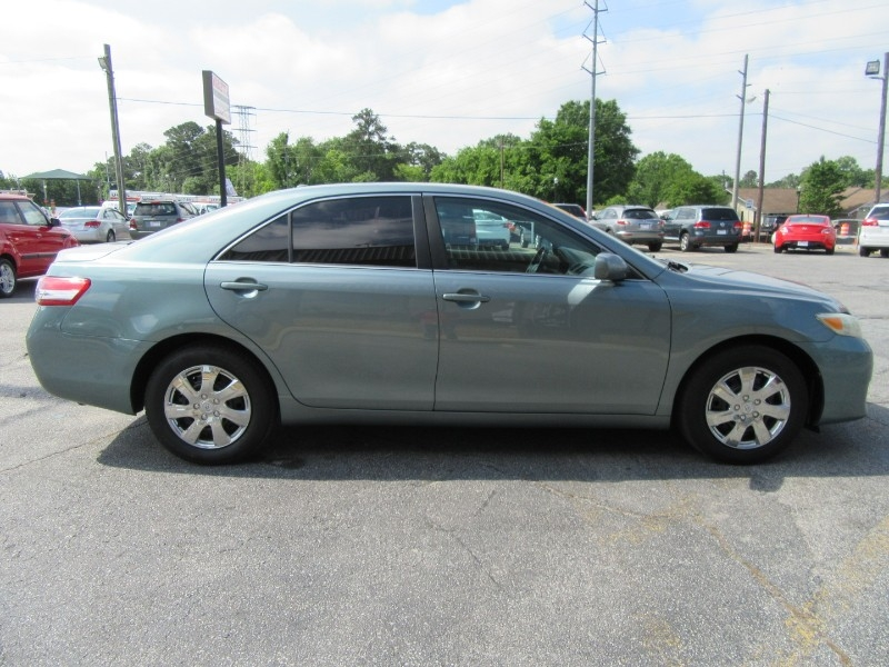Toyota Camry 2010 price $899 Down
