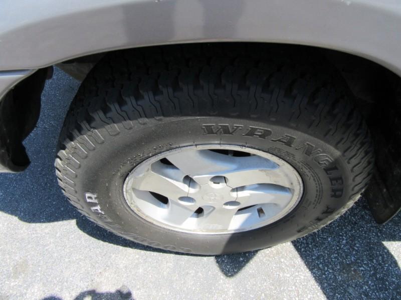 Toyota Sequoia 2002 price $3,995