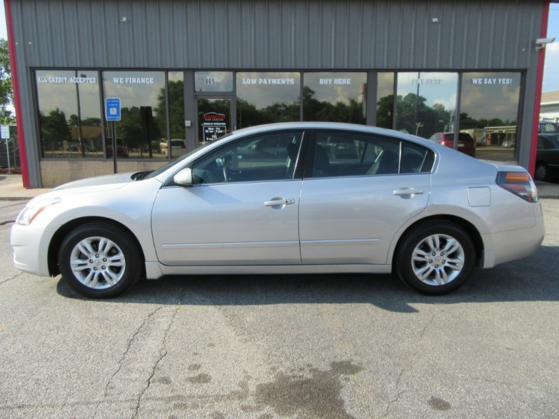 Nissan Altima 2010 price $699 Down