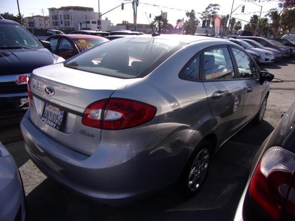 FORD FIESTA 2011 price $4,995