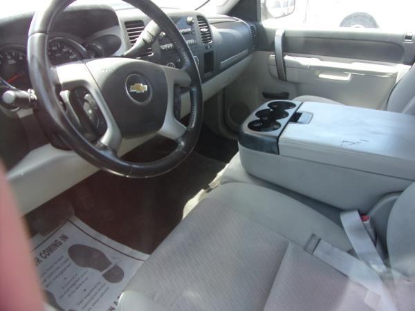 CHEVROLET SILVERADO 2011 price $11,995