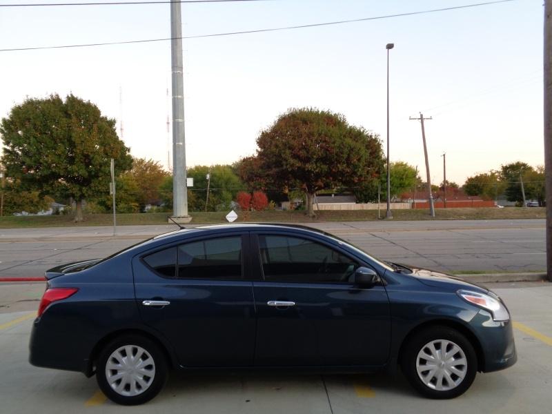 Nissan Versa 2016 price $7,495
