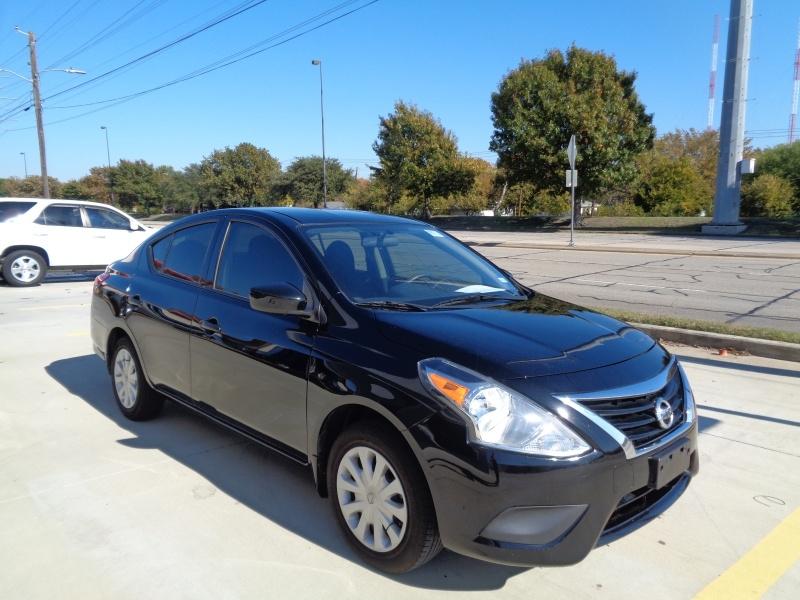 Nissan Versa Sedan 2017 price $5,999
