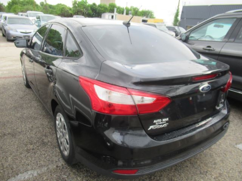 Ford Focus 2012 price Call for Pricing.