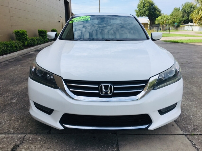 Honda Accord Sedan 2014 price $12,995
