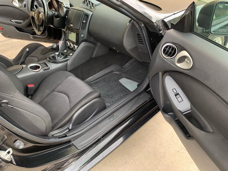 Nissan 370Z 2013 price $15,995
