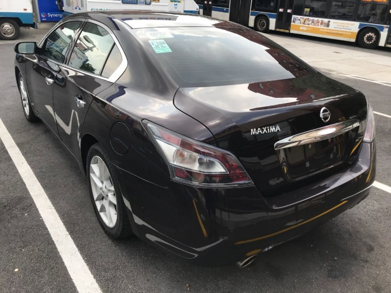 Nissan Maxima 2012 price $7,495