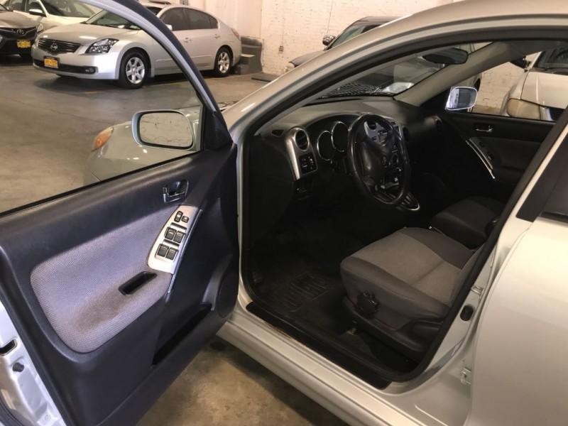 Toyota Matrix 2004 price $3,495