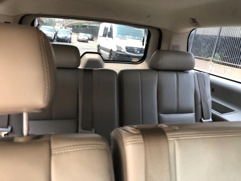 Chevrolet Suburban 2008 price $1,498
