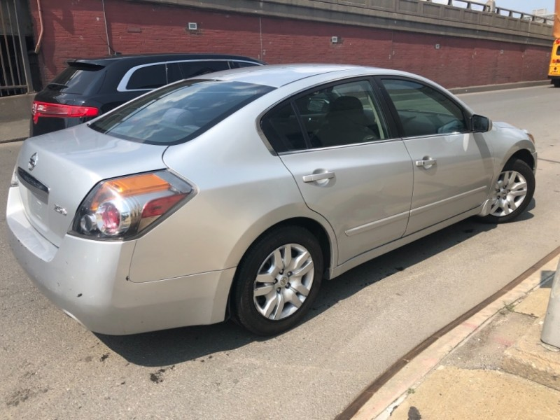Nissan Altima 2010 price $1,498
