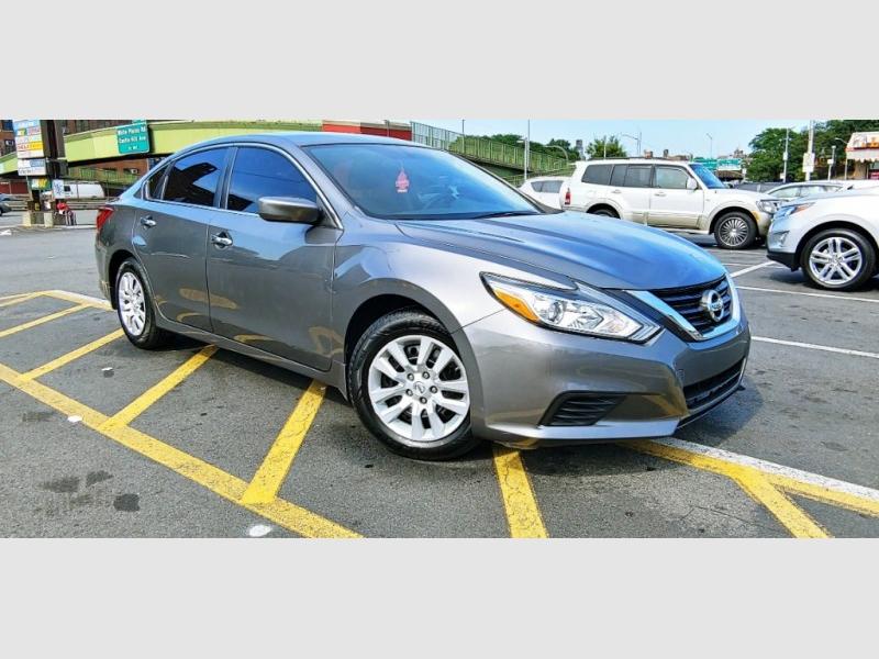 Nissan Altima 2016 price $995