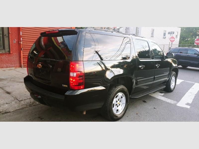 Chevrolet Suburban 2009 price $2,447
