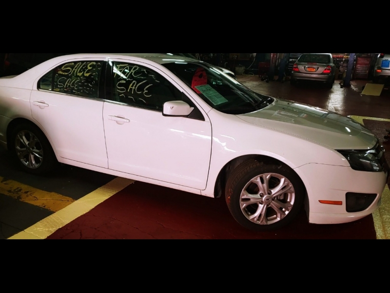 Ford Fusion 2012 price $6,095