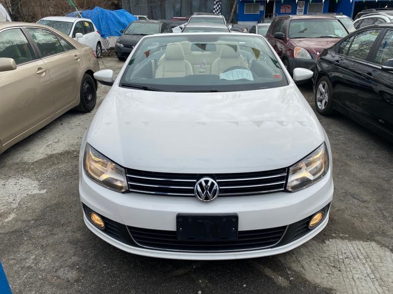 Volkswagen Eos 2012 price $0