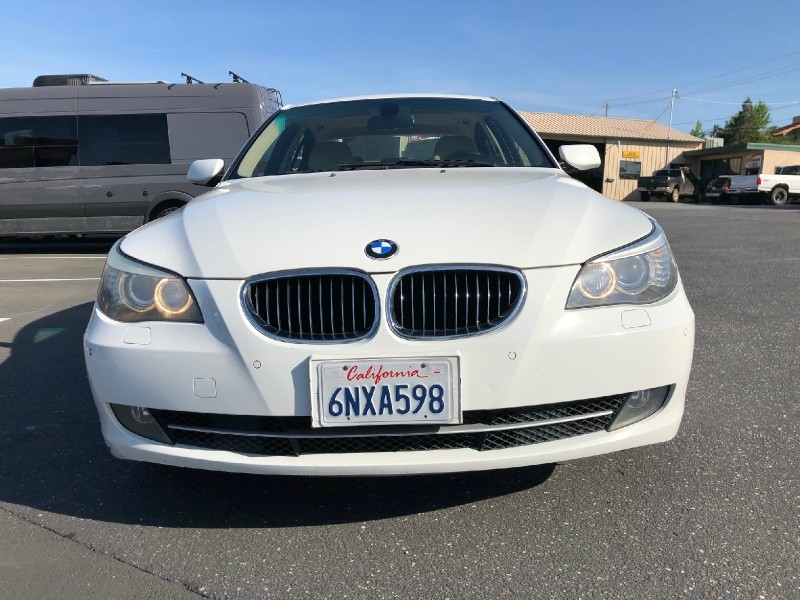 BMW 5-Series 2009 price $9,995