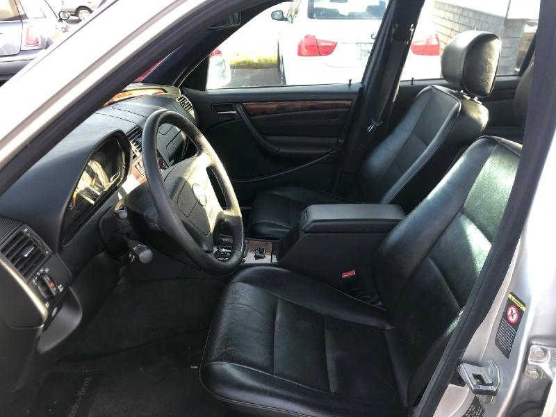Mercedes-Benz C-Class 2000 price $4,795