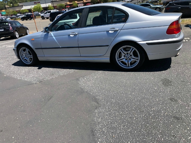 BMW 3-Series 2004 price $4,995