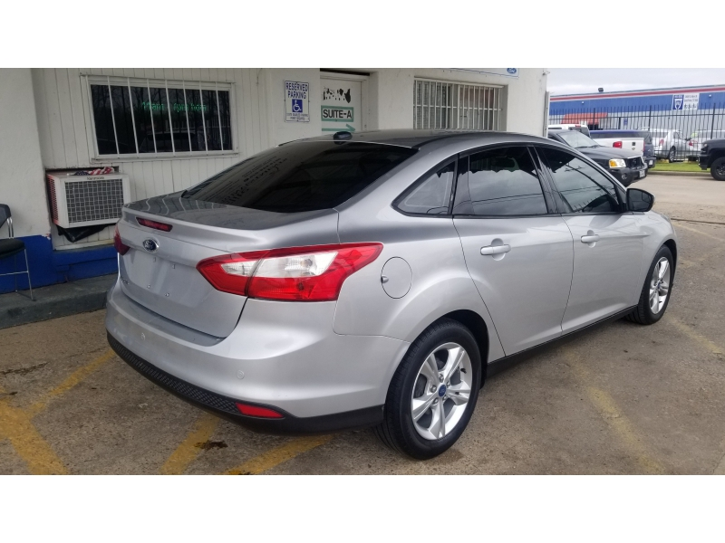 Ford Focus 2013 price $6,499