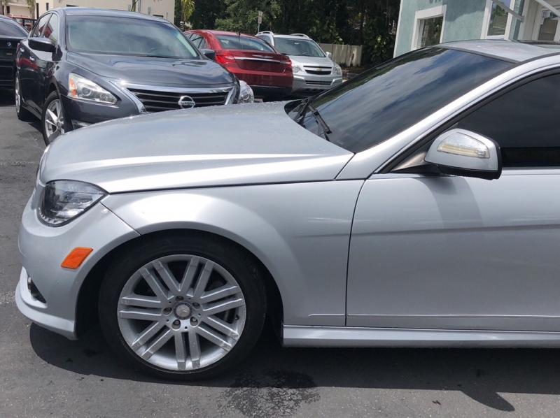 MERCEDES-BENZ C-CLASS 2009 price call for pricing