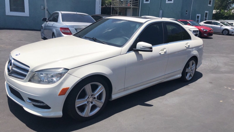 MERCEDES-BENZ C-CLASS 2011 price call for pricing