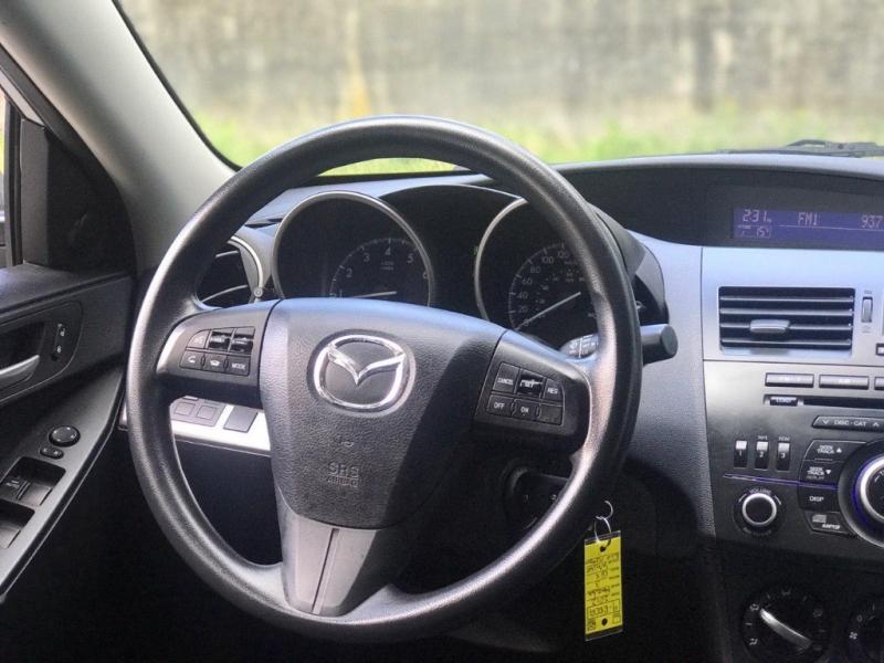 Mazda Mazda3 2012 price $7,000