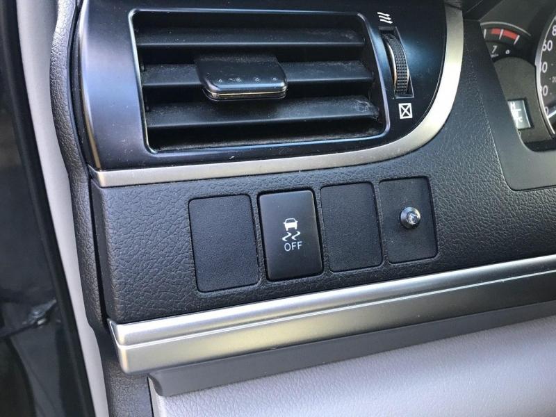 Toyota Camry 2012 price $9,800