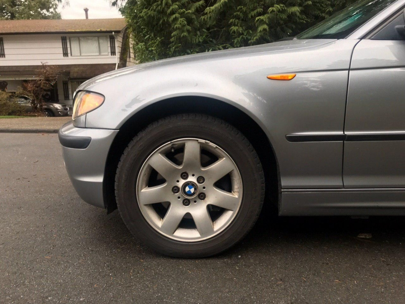 BMW 325Xi, AWD, 2005 price $4,800