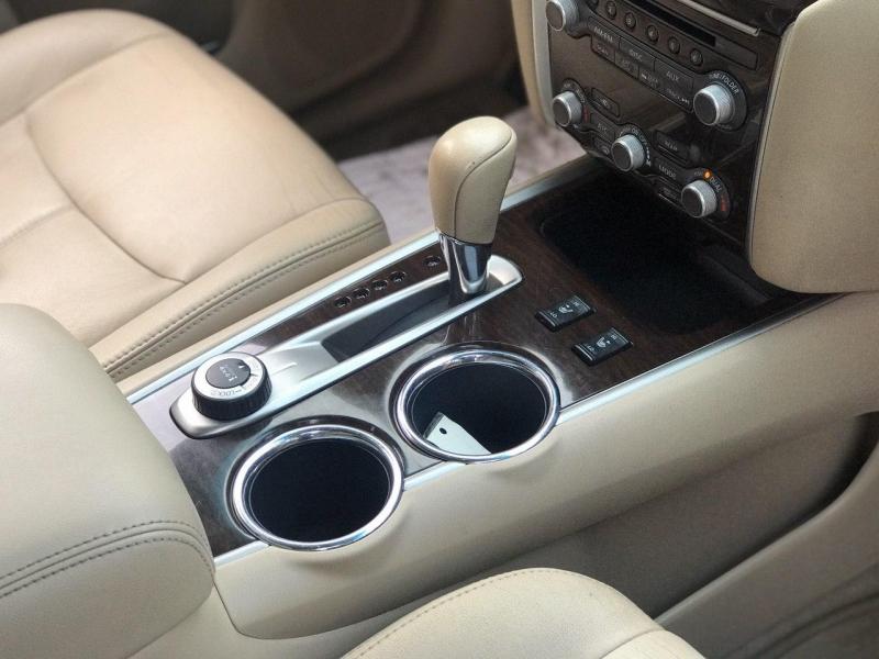 Nissan Pathfinder 2013 price $12,800