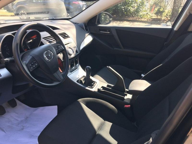 Mazda Mazda3 2010 price $7,500