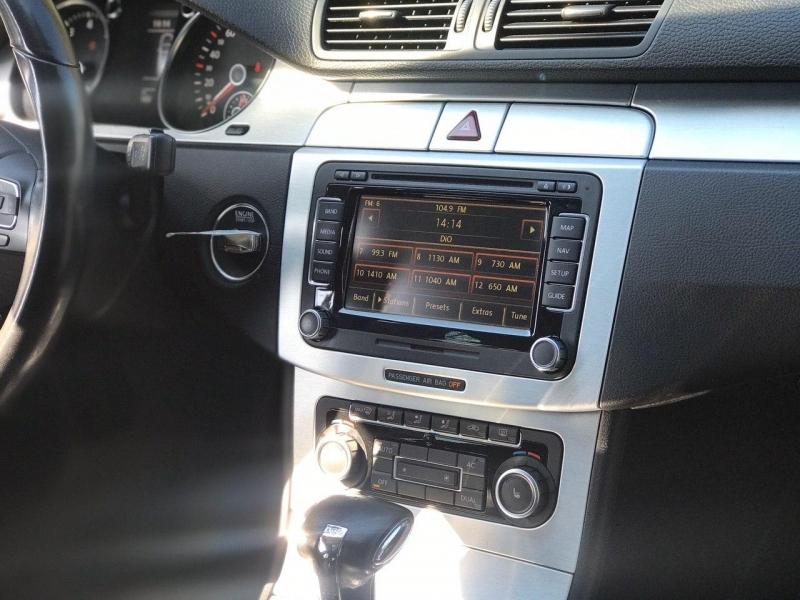 Volkswagen Passat CC 2011 price $9,800