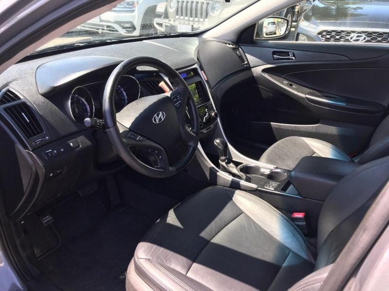 Hyundai Sonata 2013 price $9,800
