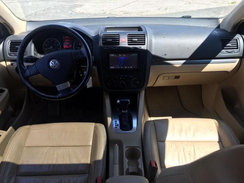 Volkswagen Jetta 2008 price $4,800
