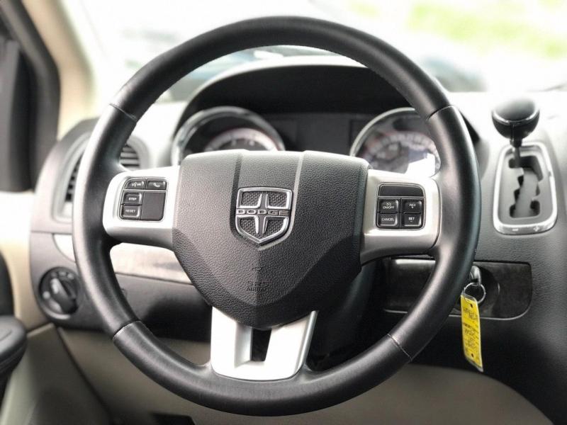 Dodge Grand Caravan 2011 price $8,800